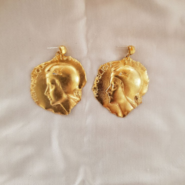 Medal Earrings - Jeanne d'Arc E319