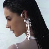 Gorgeous @alessandraambrosio  wearing ACCENTUATE  pearl cuff earring for @harpersbazaararabia  #Accentuate#AlessandraAmbrosio#harpersbazaar#editorial#magazine#fashionstory#ocean#angel