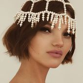 Accentuate Coachella Pearl headpiece Make the order 👉 DM/lena.romanenko@gmail _ #Accentuate#summer#goals#beauty#gorgeous#pearl